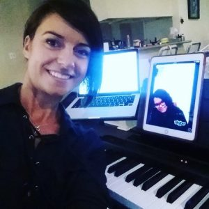 Radina Veliova offers Skype Lesson