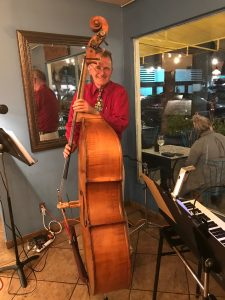 Roman Sirwinski on Bass